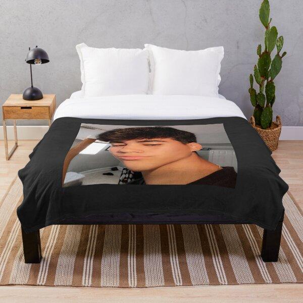 Mattia polibio <3 Throw Blanket