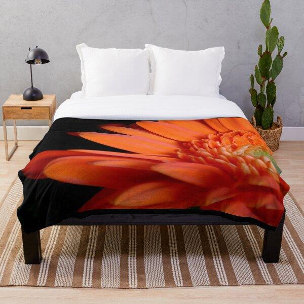 Blooming lovely Throw Blanket