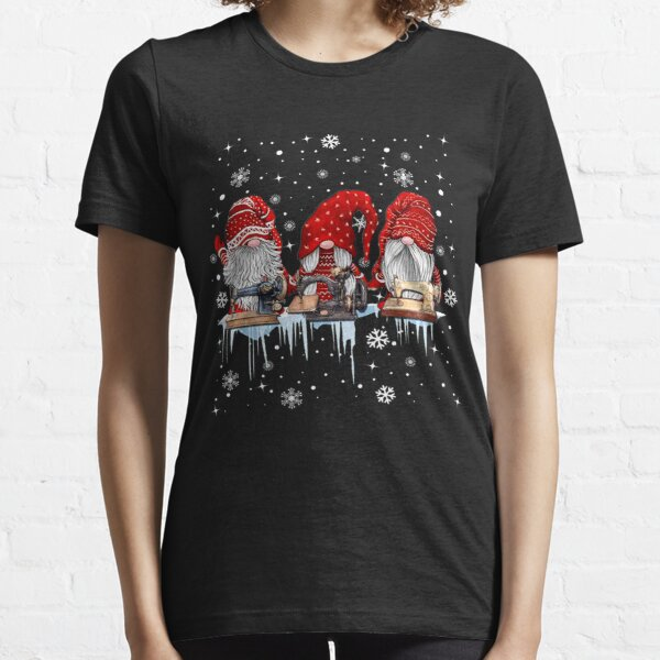 Hanging With Red Gnomies Sewing Gnome Christmas Lovers Gift Essential T-Shirt