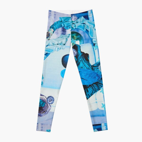 Floating on Waves Out of the Blue Leggings