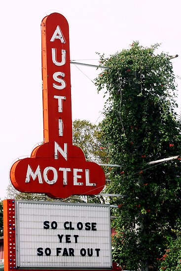 Austin Motel by luckylarue