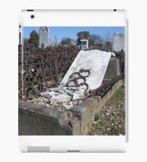 Gravestones 2 iPad Case/Skin