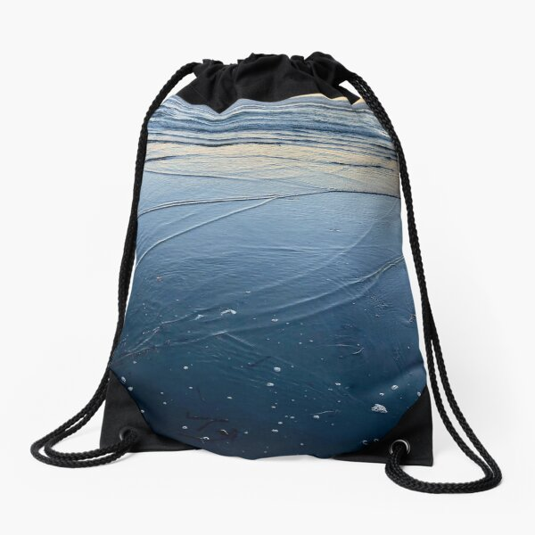 Low tide in the summer Drawstring Bag