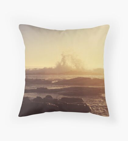 its like gold dust Throw Pillow