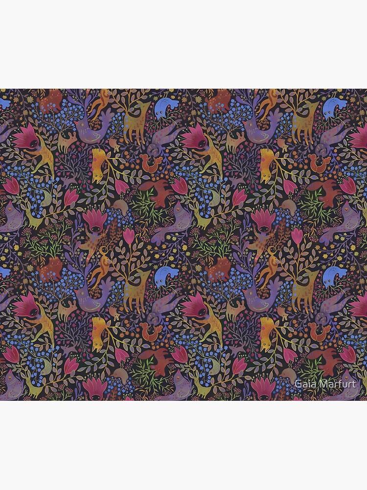 Jewel tone design in dark background by gaiamarfurt