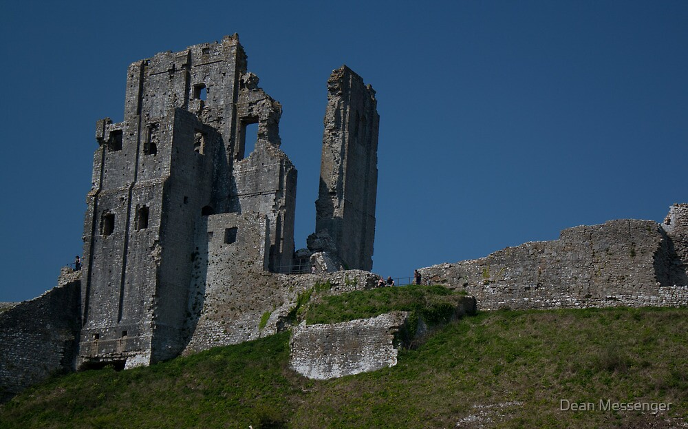 Corfe Castle by Dean Messenger