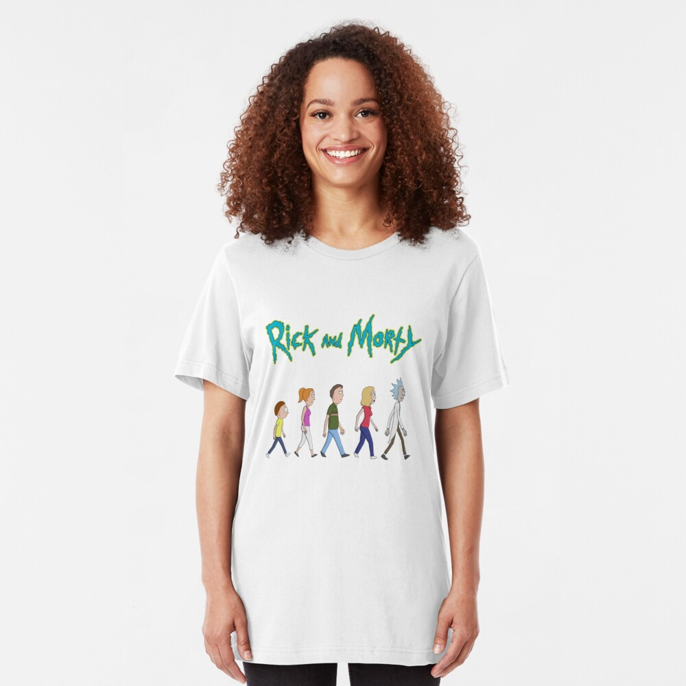 Rick and Morty -Family Together Walking Slim Fit T-Shirt