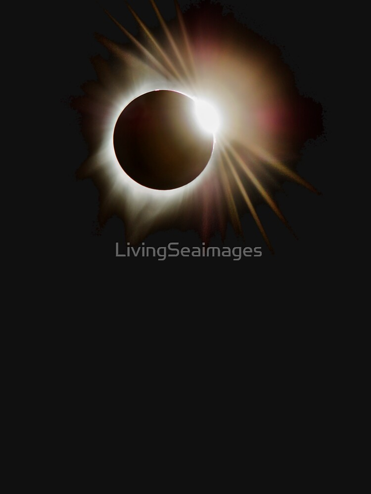 Diamond Ring Around the Sun by LivingSeaimages