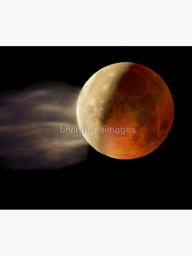 Lunar Eclipse with Cloud,  by LivingSeaimages