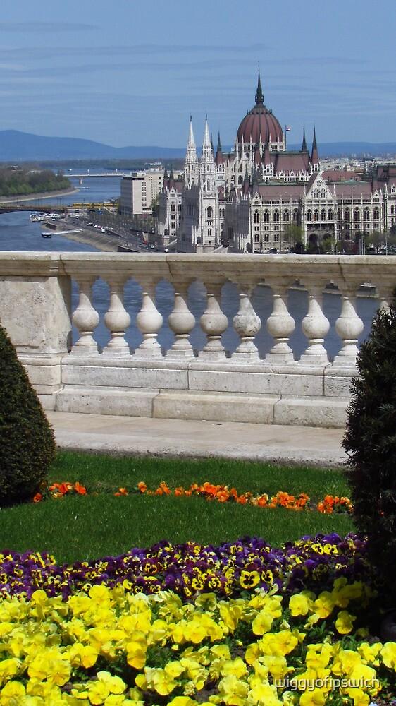 Royal Palace Gardens & Parliament (2) by wiggyofipswich