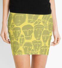 Caras amarillas Mini Skirt