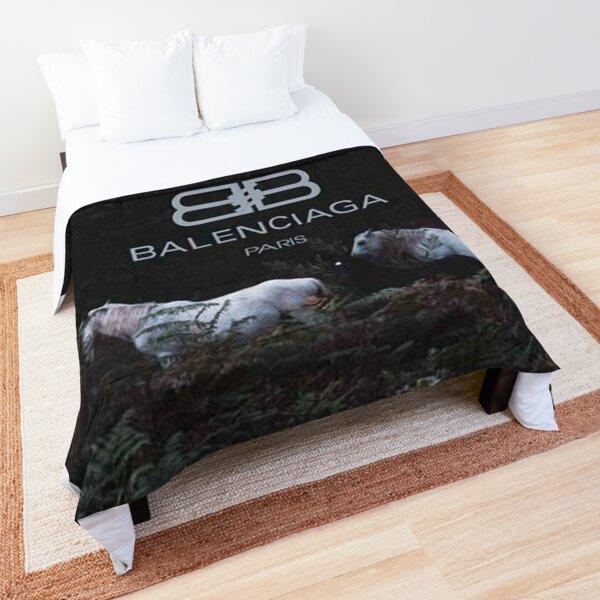 Black Walpaper Comforter