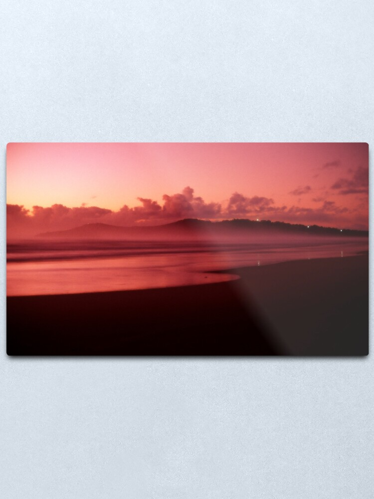 Alternate view of Pinatubo-coloured sunrise Metal Print