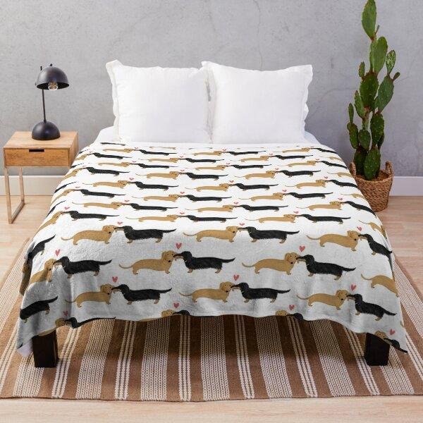 Dachshunds Love Throw Blanket