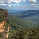 The Jamison Valley, Blue Mountains, NSW, Australia (HDR) by Adrian Paul