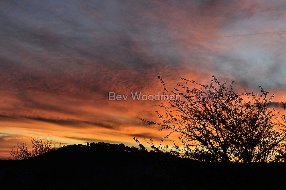 Hill End Sunset - The Close of Day! by Bev Woodman