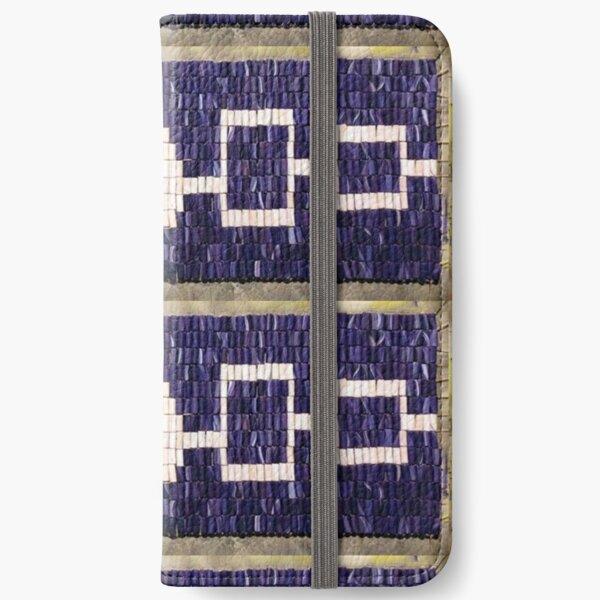 Hiawatha iPhone Wallet