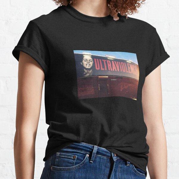 panneau d'ultraviolence T-shirt classique