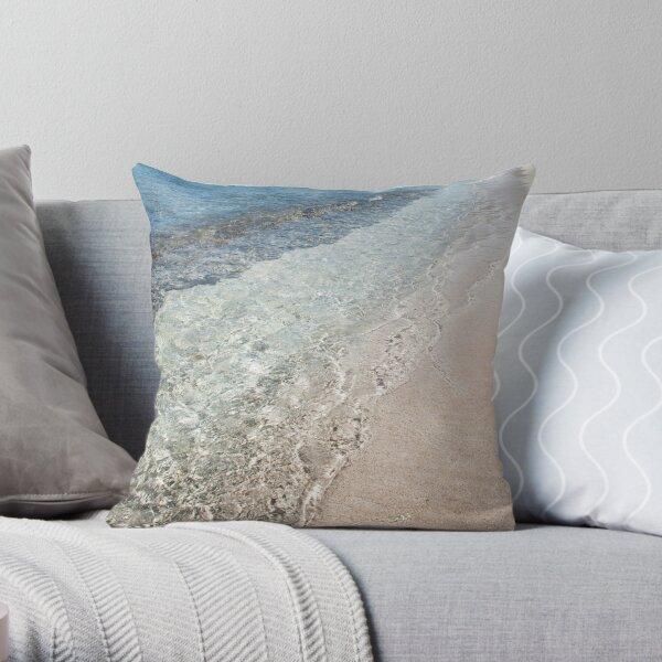 La plaja de Cuba Throw Pillow