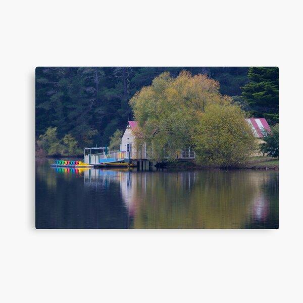 Lake Daylesford Hideaway Canvas Print