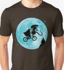 E.T. vs Aliens T-Shirt