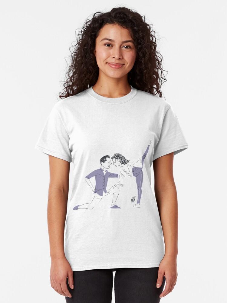 Vista alternativa de Camiseta clásica Bailarines posando