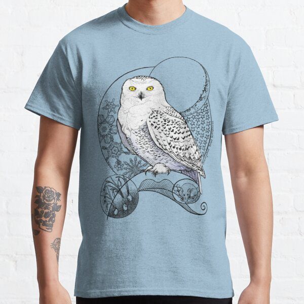 Snowy Owl Doodle in a wintery scene Classic T-Shirt