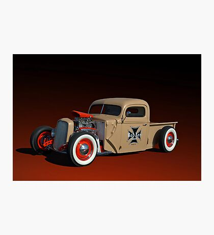 1946 Ford Pickup with 32' Ford Radiator Photographic Print