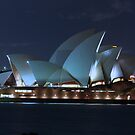 Twilight at the Sydney Opera House by normanorly