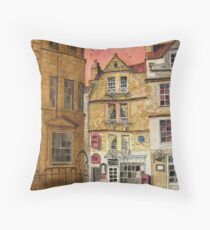 Sally Lunn's Bath Bun Shop, Lilliput Alley, Bath Throw Pillow