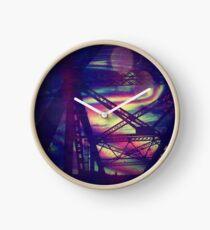 bridgeglitch Clock