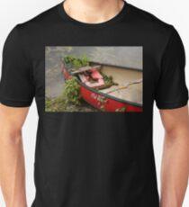 Red Canoe Unisex T-Shirt