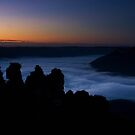 First Light at Echo Point, Katoomba by Lorraine Creagh