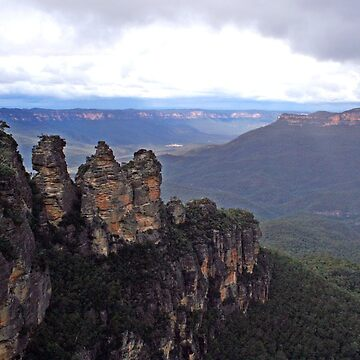 Three Sisters at Katoomba NSW  by SuzyB