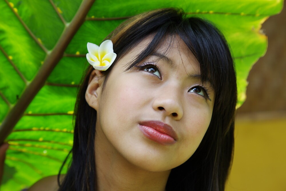 free-thai-girl-algena-seredova-naked