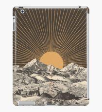 Mountainscape 6 iPad Case/Skin