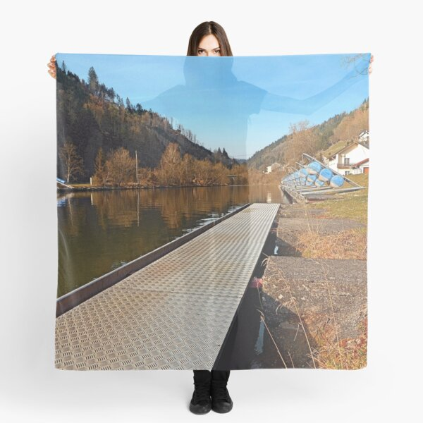 Where peaceful waters flow | landscape photography Scarf