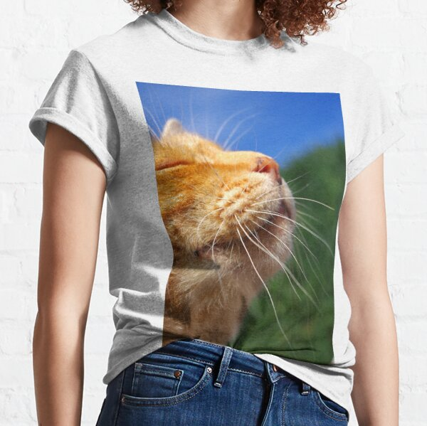 Sniffing the breeze Classic T-Shirt