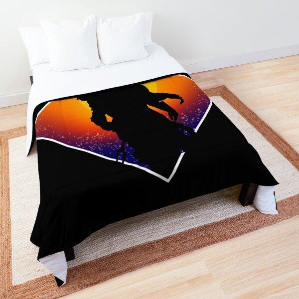 Sunset silhouette Comforter