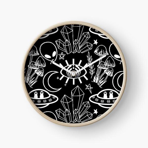 Basshead Pattern Clock
