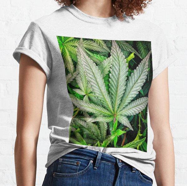 Gelato 420 Strain Logo Cannabis T Shirt 420 Pot Smoker Weed Short Sleeve Marijuana Smoke Indica Pot Leaf Taking Hits From The bong Hybrid