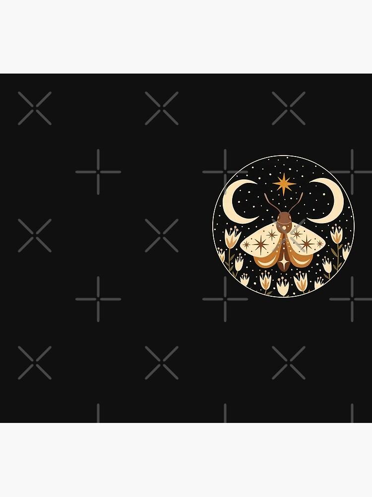 Between two moons by Laorel