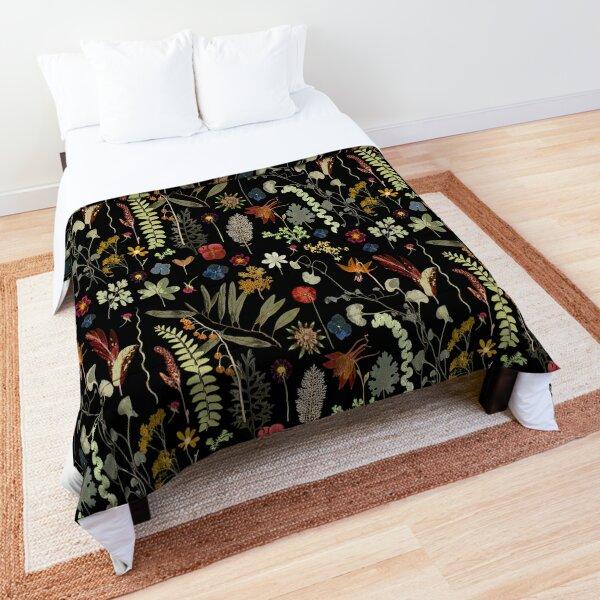 Botanical Dark Floral  Comforter