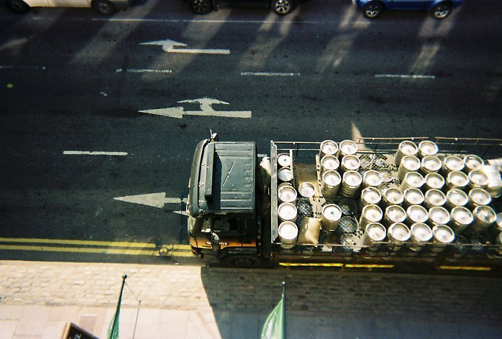 Guiness Truck by Thomas Hyland